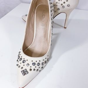 Aldo White Pump with Crystal and Stud